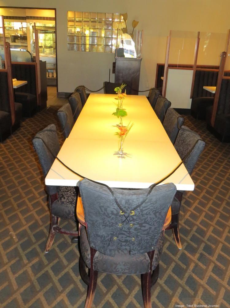 Lucky 32 Long Table
