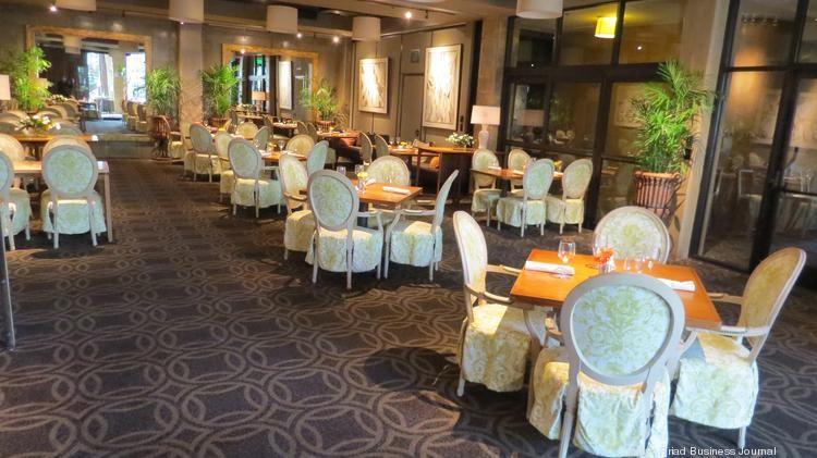 Social Lobby Dining Room